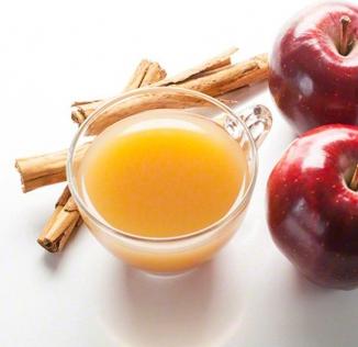 Apple and cinnamon flavors